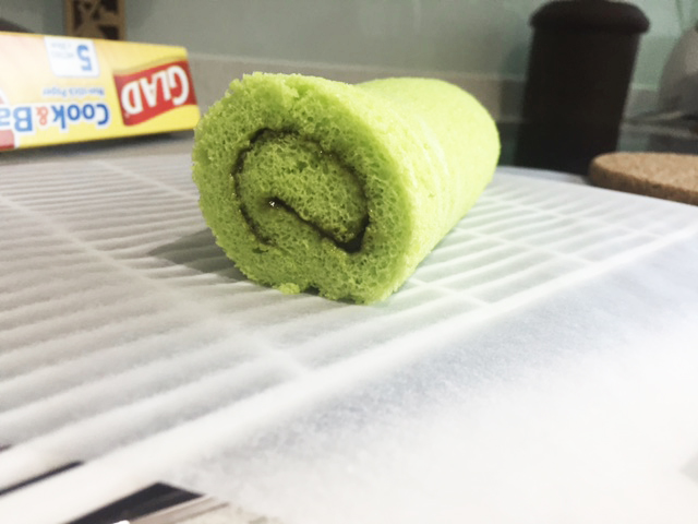 Rich & Good Pandan Kaya Roll Recipe